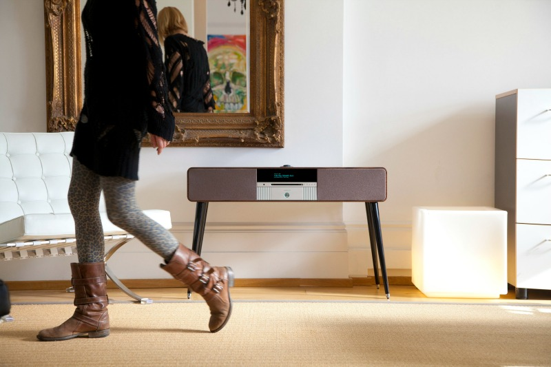 Ruark Audio R7 SoundPixel Planet