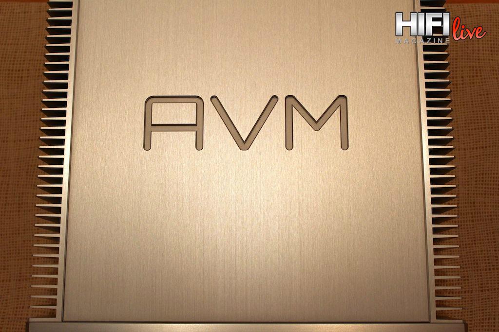 AVM 042