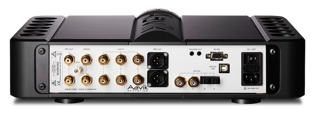 aavik-c300-back-1170x800px