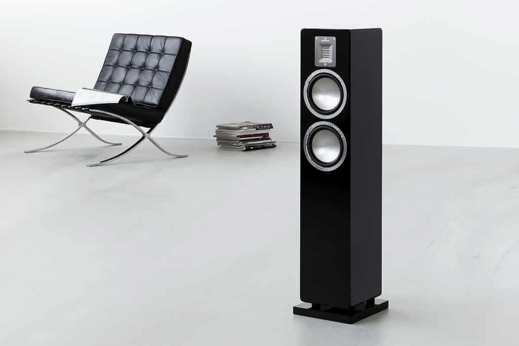 audiovectorqrchair