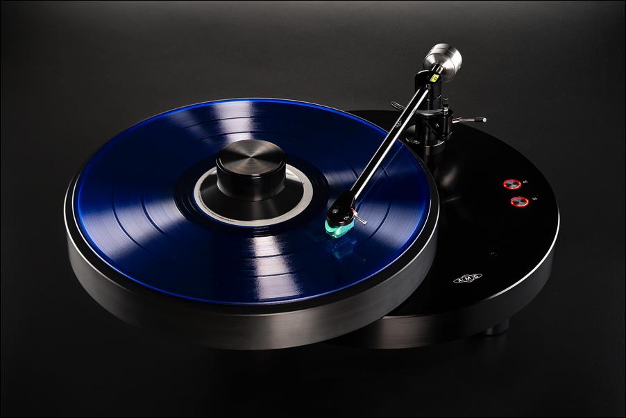 giro_blue_vinyl